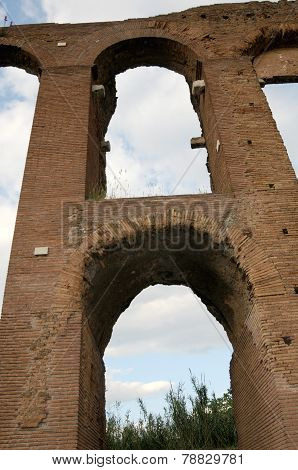 Antique Park Aqueducts