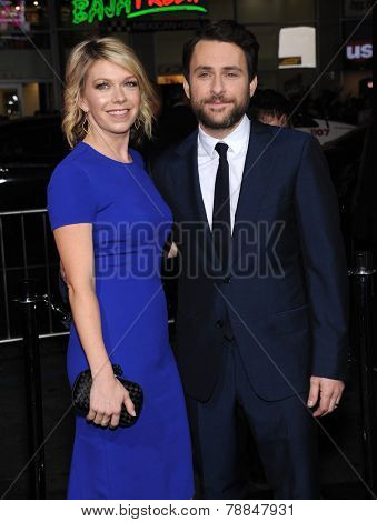 LOS ANGELES - NOV 20:  Charlie Day & Mary Elizabeth Ellis arrives to the