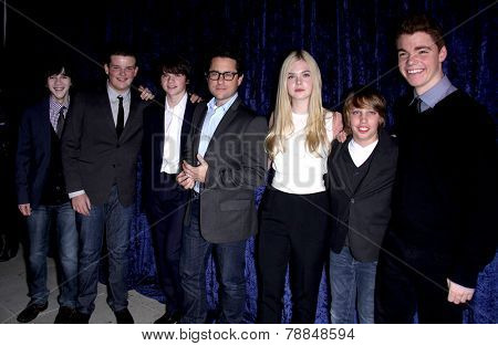 LOS ANGELES - NOV 22:  JJ ABRAMS, ELLE FANNING & CAST arrives to the
