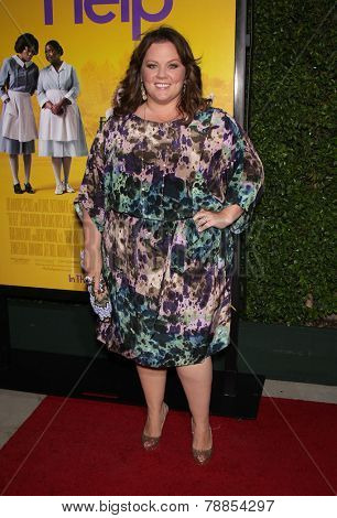 LOS ANGELES - AUG 09:  MELISSA McCARTHY arrives to the