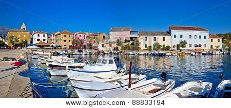 Pictoresque Fishermen Village Of Vinjerac Panorama