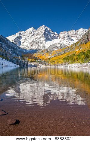 Maroon bells national park Aspen CO in falls