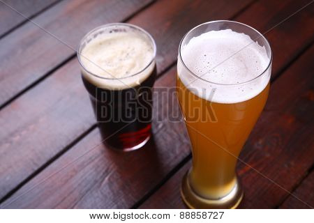 Light And Dark Beer