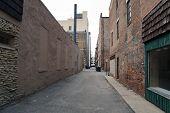 pic of illinois  - An urban alleyway between large buildings in Joliet - JPG