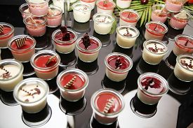 pic of buffet catering  - dessert catering buffet - JPG