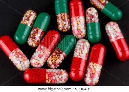 Pills, Macro