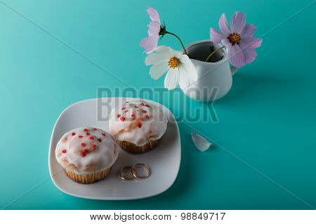 Muffin On Saucer With Flower