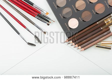 shadows eye and eyebrow set on table