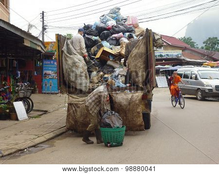 garbage collection in the Asian city