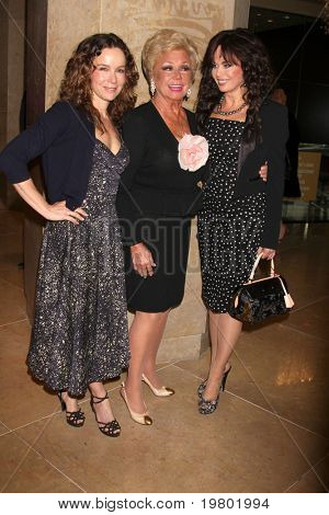 LOS ANGELES - MAR 27:  Jennifer Grey, Mitzi Gaynor, Marie Osmond arriving at the 25th Annual Professional Dancers Society Gypsy Awards at Beverly Hilton Hotel on March 27, 2011 in Beverly Hills, CA