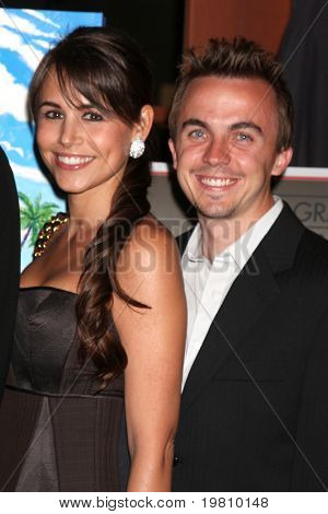 LOS ANGELES - APR 15:  Elycia Turnbow , Frankie Muniz attending the 2011 Toyota Grand Prix Charity Ball at Westin Long Beach on April 15, 2011 in Long Beach, CA.