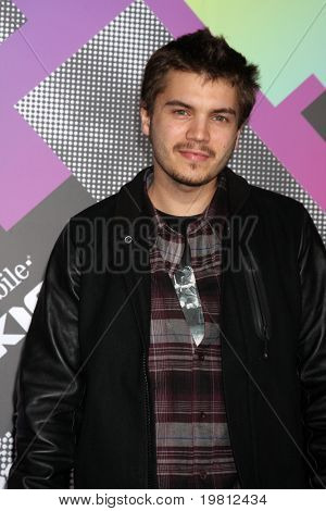 LOS ANGELES - APR 20:  Emile Hirsch arriving at the Launch Of The New T-Mobile Sidekick 4G  at Old Robinson/May Building on April 20, 2011 in Beverly Hills, CA..