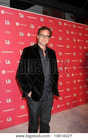 LOS ANGELES - APR 26:  Bob Saget arriving at the 2011 US Weekly Hot Hollywood Style Event  at Eden on April 26, 2011 in Los Angeles, CA..