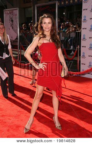 LOS ANGELES - 27 de abr: Alicia Arden chegando ao TCM Classic Film Festival e World Premiere de