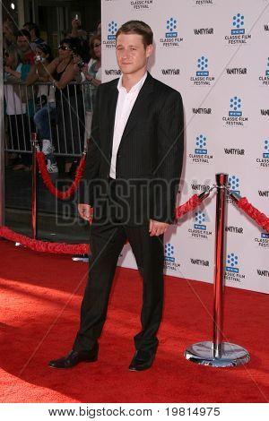 """LOS ANGELES - 27 de abril: Ben McKenzie chegando ao TCM Classic Film Festival & World Premiere de """""""