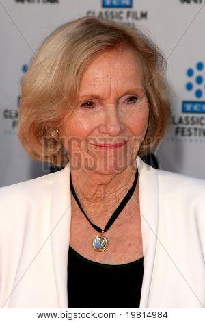 LOS ANGELES - 27 de abr: Eva Marie Saint chegando no TCM Classic Film Festival & mundo Premiere O