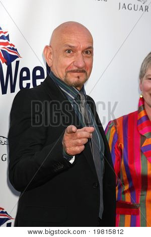 LOS ANGELES - APR 26: Sir Ben Kingsley Ankunft auf dem 5th Annual BritWeek Launch Party am British