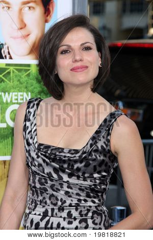LOS ANGELES - MAY 3:  Lana Parrilla arriving at the