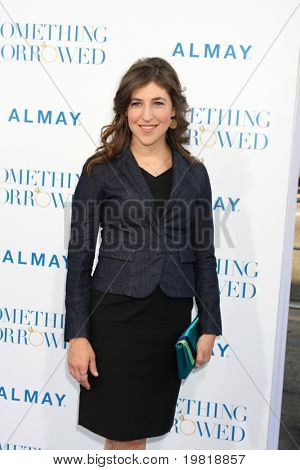 "LOS ANGELES - MAY 3:  Mayim Bialik arriving at the ""Something Borrowed"" World Premiere at Grauman's Chinese Theater on May 3, 2011 in Los Angeles, CA"