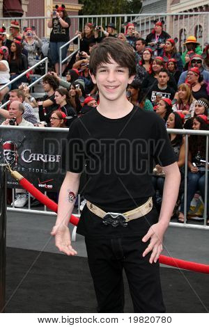 "LOS ANGELES - MAY 7:  Zachary Gordon arriving at the ""Pirates of The Caribbean: On Stranger Tides"" World Premiere at Disneyland on May 7, 2011 in Anaheim, CA"