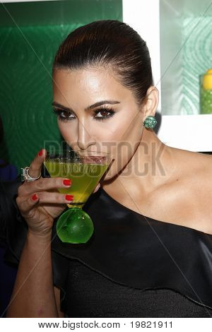 LOS ANGELES - MAY 10:  Kim Kardashian at the Kim Kardashian & Midori Melon Liqueur launches The Midori Trunk Shows at Trousdale  on May 10, 2011 in Los Angeles, CA