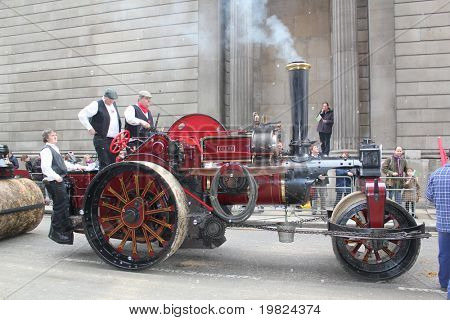 CITY OF LONDON, ENGLAND - NOVEMBER 12: Old steam tractor at the Lord Mayor's Show in the City of London November 12, 2010. The Lord Mayor's Show is an annual parade in London.