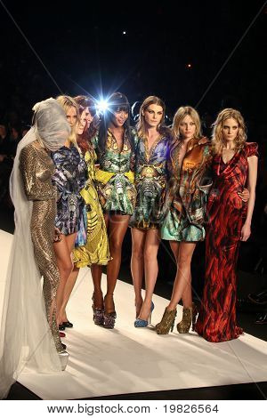 NEW YORK - FEBRUARY 12: (L-R)Daphne Guinness, Natasha Poly, Karen Elson, Helena Christensen, Naomi Campbell, Angela Lindvall, Sasha Pivovarova and Heidi Mount on the runway for Fashion for Relief on February 12, 2010 in New York City.