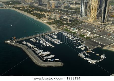 Marina & Breakwater In Dubai