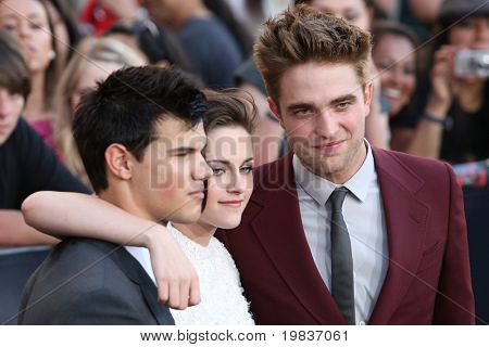 LOS ANGELES, CA. - JUNE 24: Taylor Lautner (L) Kristen Stewart (M) & Robert Pattinson (R) attend The Twilight Saga Eclipse  Los Angeles premiere on June 24th, 2010 at The Nokia Theater in Los Angeles.