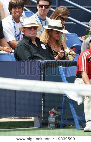 LOS ANGELES, CA. - AUGUST 1: William Shatner (front left) watching Andy Murray of Great Britain and Sam Querrey of USA play the final match at the 2010 Farmers Classic on August 1 2010 in Los Angeles.