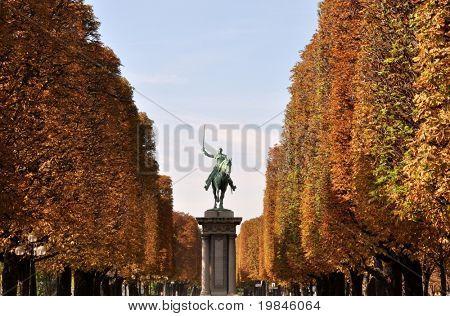 La Fayette statue