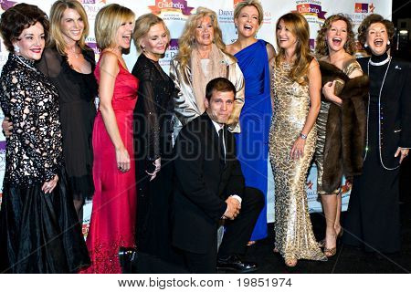 SCOTTSDALE, AZ - JANUARY 9: Catherine Oxenberg, Debby Boone, Casper van Dien, Connie Stevens, Megyn Kelly, Jane Seymour, Cheryl Ladd at the Childhelp Gala on January 9, 2009 in Scottsdale, AZ.