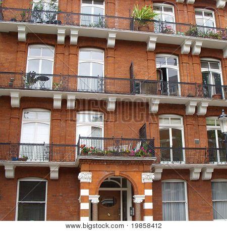 Expensive london apartment block, chelsea, england.