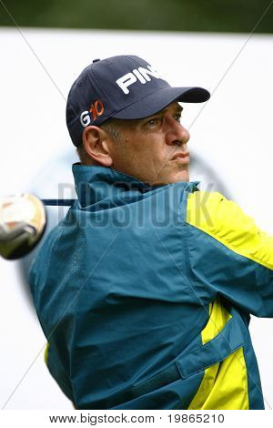Australia's Peter Fowler competes at the PGA European Tour BMW Open Golf Munich Germany 19 - 22 June 2008 at the Golf Club Munchen Eichenried