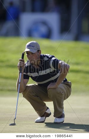 Germany's Martin Kaymer lines up a putt on the 18th hole to take the overall lead at the PGA European Tour BMW Open Golf Munich Germany 19 - 22 June 2008 at the Golf Club Munchen Eichenried