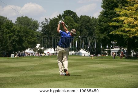 Scotland's Colin Montgomery chips in at the PGA European Tour BMW Open Golf Munich Germany 19 - 22 June 2008 at the Golf Club Munchen Eichenried