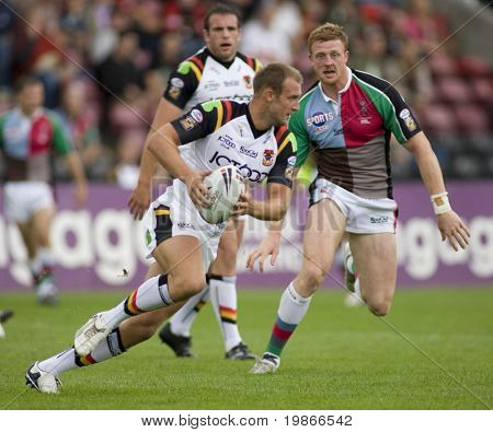 TWICKENHAM UK AUGUST 03, Gavin Platt running with the ball while Playing in the Engage Super League Rugby league match Between Harlequins RL and Bradford Bulls at The Stoop, Twickenham London