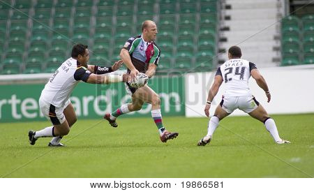 TWICKENHAM UK AUGUST 03, Scott Hill throwing a running pass  Playing in the Engage Super League Rugby league match Between Harlequins RL and Bradford Bulls at The Stoop, Twickenham London 03/08/2008