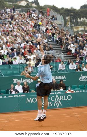 MONTE CARLO MONACO APRIL 23, Ruben Ramirez Hidalgo ESP v Roger Federer SUI competing in the ATP Masters tournament in Monte Carlo, Monaco, 19-27 April 2008
