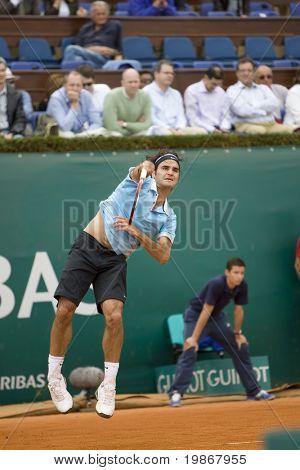 MONTE CARLO MONACO APRIL 23, Ruben Ramirez Hidalgo ESP v Roger Federer SUI competing in the ATP Masters tournament in Monte Carlo, Monaco, 19-27 April 2008