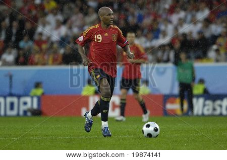 INNSBRUCK - JUNE 10: Marcos Senna of Spain Football National Team during the match Spain-Russia 4:1 Euro2008 Group D. June 10, 2008, in Innsbruck, Austria
