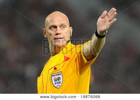 BUDAPEST - SEPTEMBER 29: Tom Henning Ovrebo referee at the UEFA Champions League football game Debrecen vs Lyon, UEFA Champions League football game, September 29, 2009 in Budapest, Hungary.
