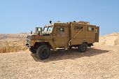 picture of humvee  - Israeli army Humvee on patrol in the Judean desert - JPG