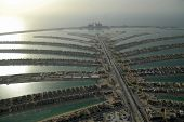 picture of lien  - Jumeirah Palm Island In Dubai Modern Wonder Of The World