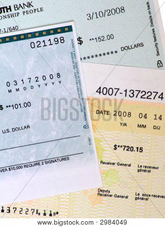 Cheques de banco comercial.