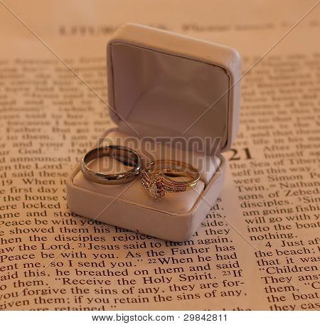 Wedding Rings Bible Stock photo