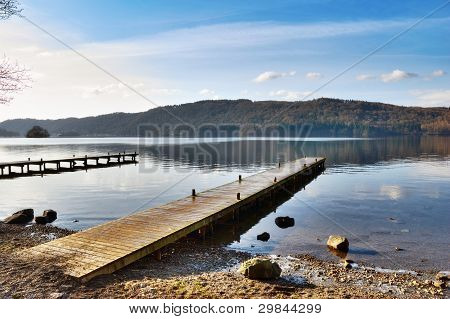 Embarcadero sobre Misty Lake, Windermere