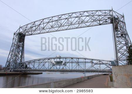 Duluthliftbridge