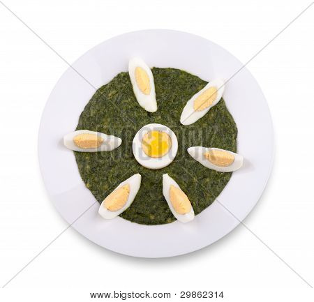 Spinach With Boiled Egg