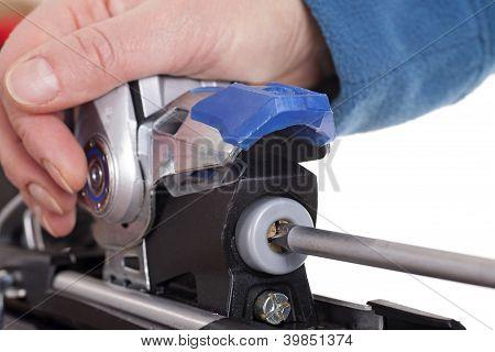 Adjusting Ski Binding Release Setting